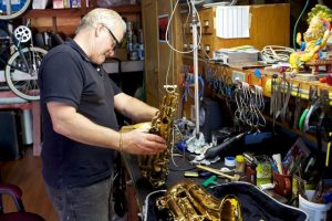 Alto Saxophone overhaul and re-padding